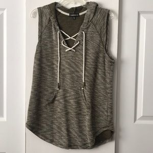 Tops - Hooded lace up green sweater tank